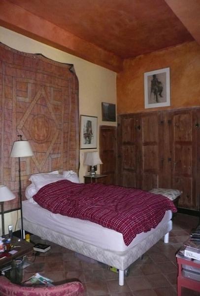 chambre à coucher 1, côté cour, au premier