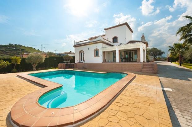 Main Villa and Pool