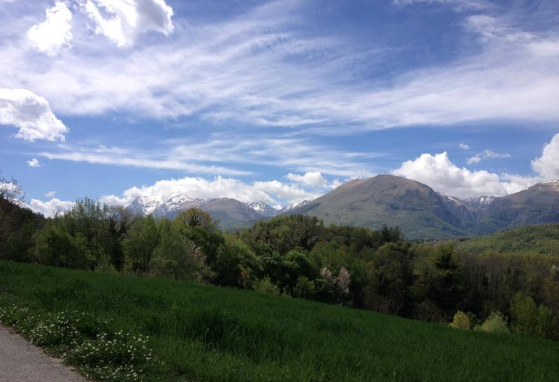 Views onto the Sibillini from the back road