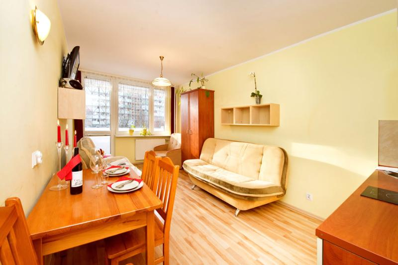 Apartment Sunny Place - available all year round, alquiler vacacional en Gdansk