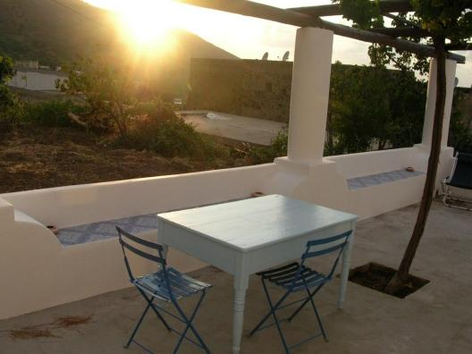 Villa i geki - solo settimanale, only weekly, holiday rental in Malfa