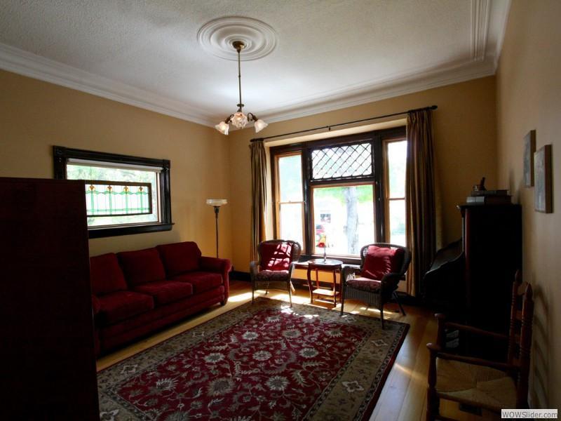 The living room, antique pump organ.