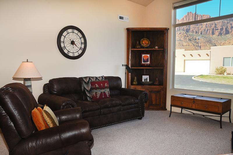 Rim Village T4 - Living Room