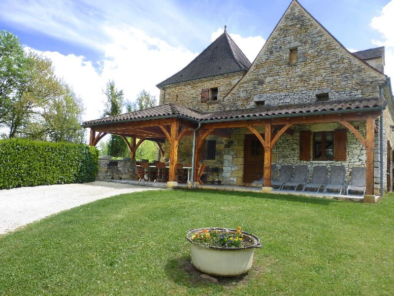 For 8 to 10 people 15 km from Sarlat