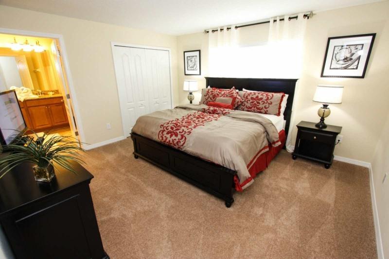 Second Bedroom / Habitación secundaria - ComprandoViajes