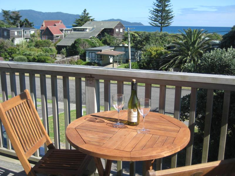 Stunning Beach house, Kapiti Coast, New Zeland, vacation rental in Kapiti Coast