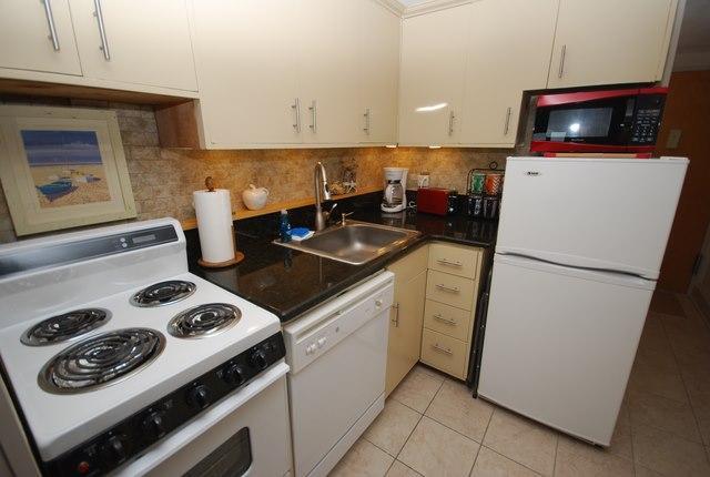 Kitchen - 2 Virginia Ave #510