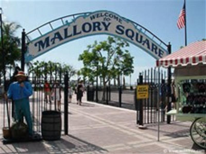 Mallory Square - shopping, nightly entertainment, arts, crafts, food drinks, ocean front.
