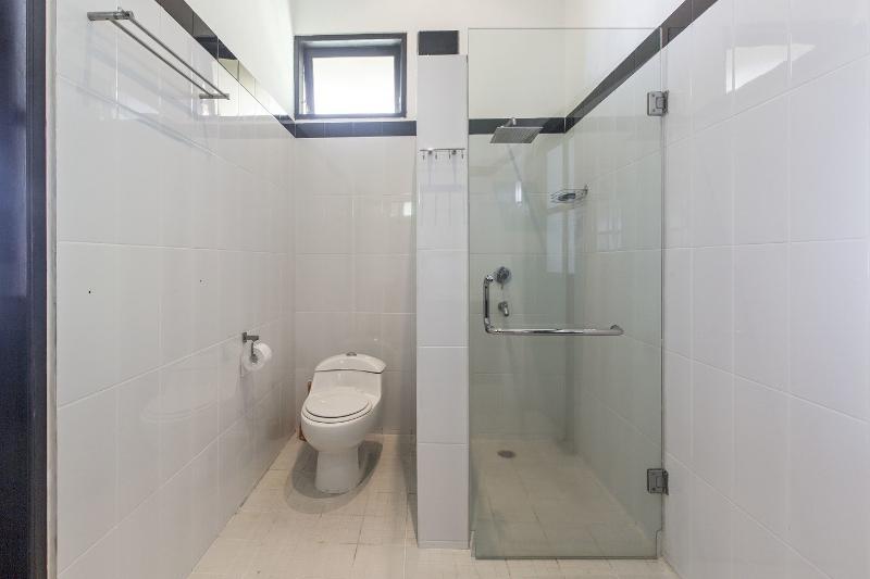 Bathroom Bedroom 1+4