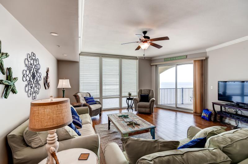 Gulfport | Vacation Rental Condo | 3 BR | 2 BA