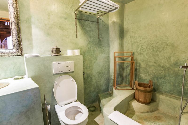 Daouia bedroomBathroom