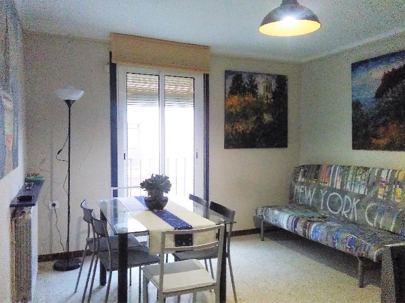 apartamento casco antiguo historico en tarragona, holiday rental in Tarragona