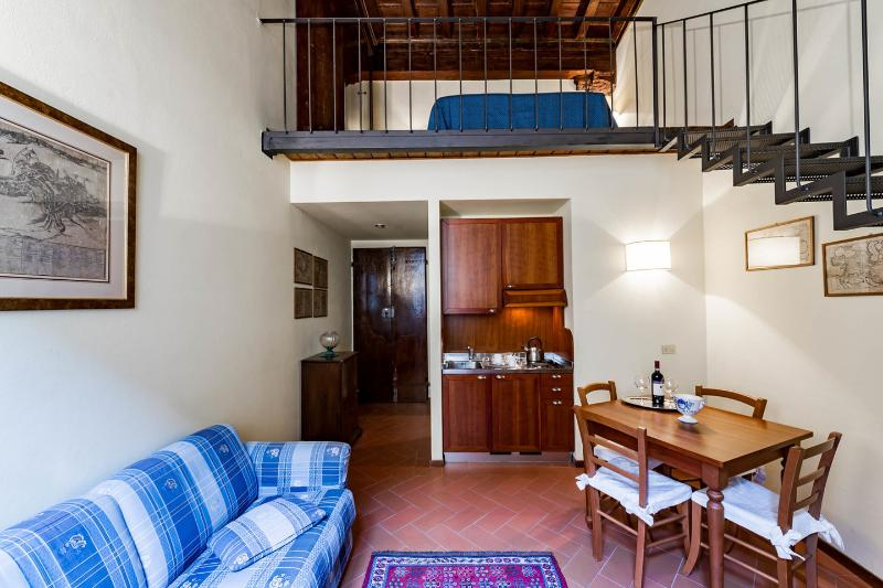 Elegant 1 Bedroom Apartment at Affresco in Florence near Dome, vacation rental in Florence