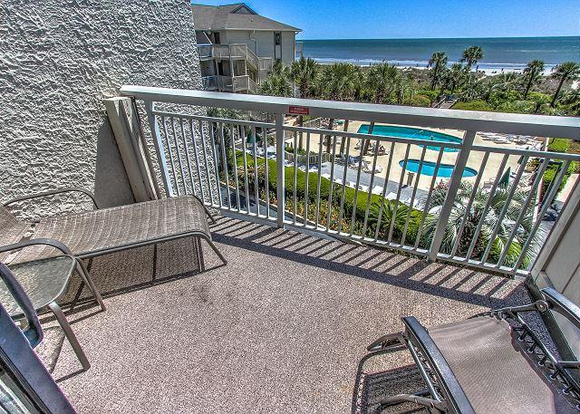 324 Breakers, Ocean Front! Free Bikes, Relax in Paradise., vacation rental in Hilton Head