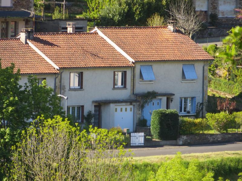 La location vue de facade