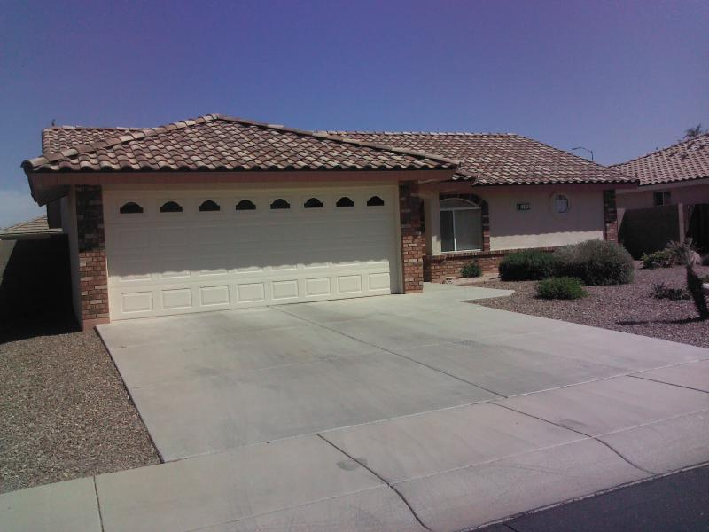 Great 2 bedroom 2 bath, fully furnished place with all the amenities of home