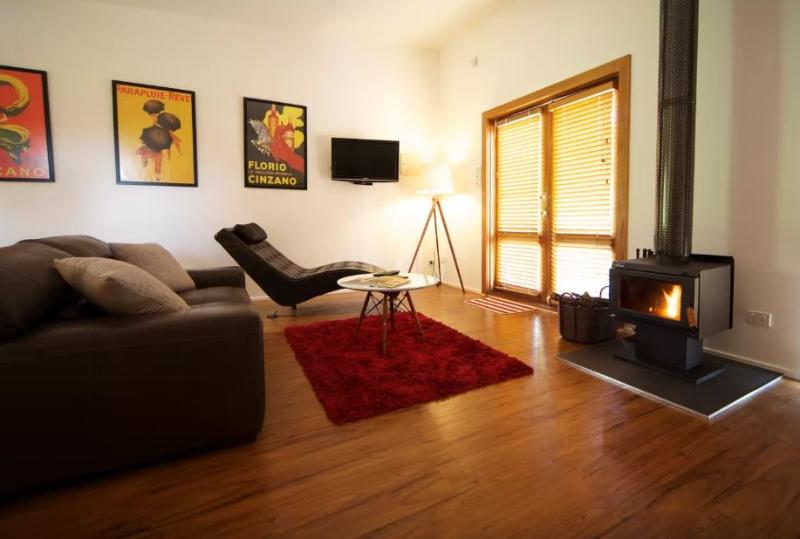 Gullyview Cottage - Relax and unwind in front of the wood fire.