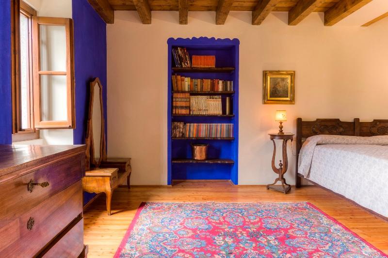old persyan carpet
