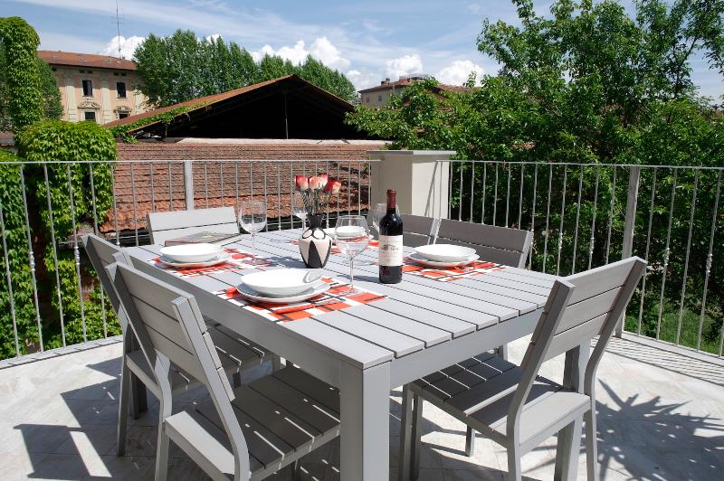 LA TERRAZZA – Wifi, amazing location and terrace!, holiday rental in Lucca
