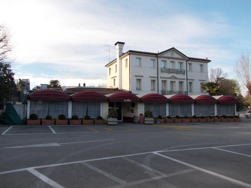 Italian Da Pino Restaurant. Nearby.