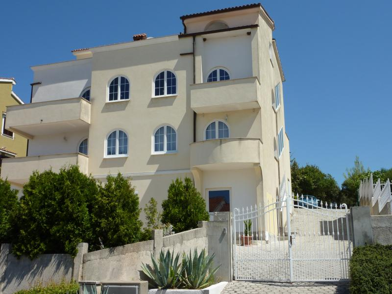 Delux see view apartment, vacation rental in Vrsar