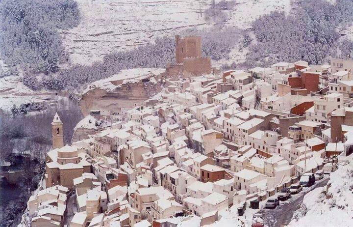 Municipio de Alcalá Del JUCAR, incluido en El catalogo de pueblos más bonitos de España.