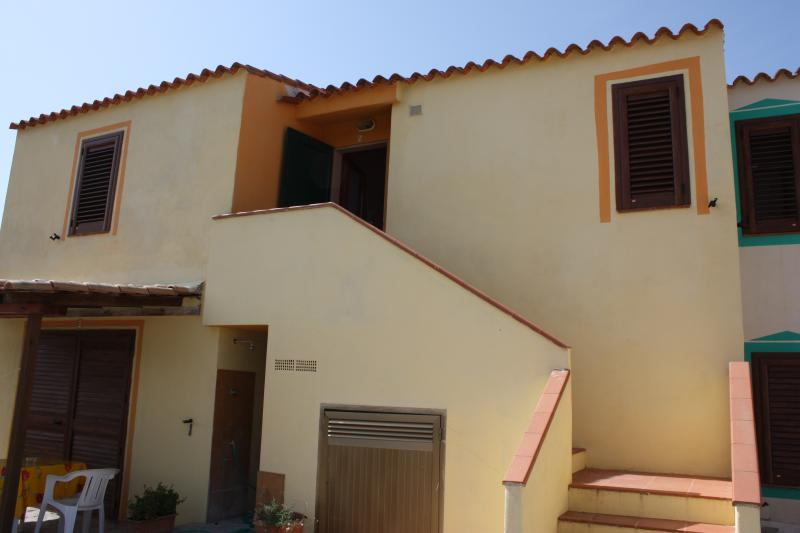 appartamento in villa 1° piano, vacation rental in Province of Medio Campidano
