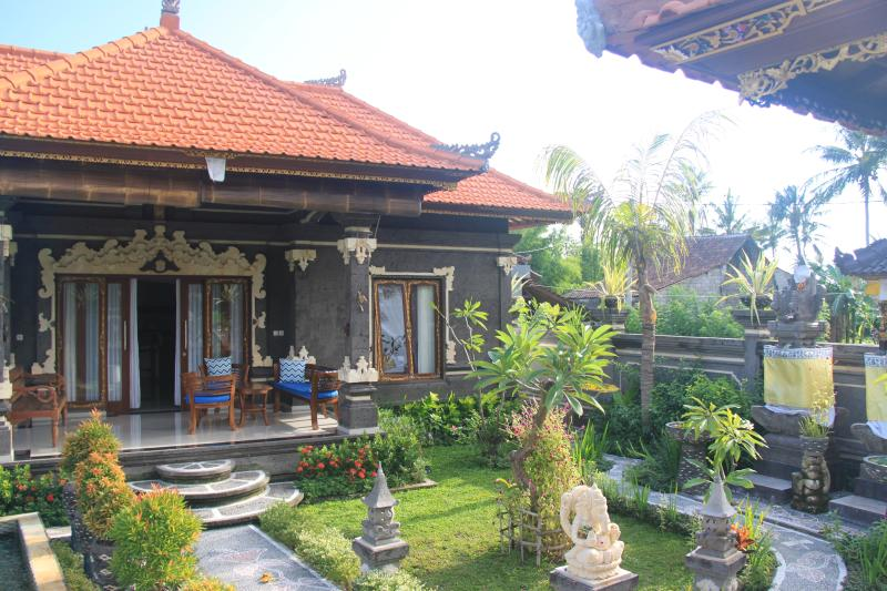Agung Krotok Indah Villa, vacation rental in Bunutan