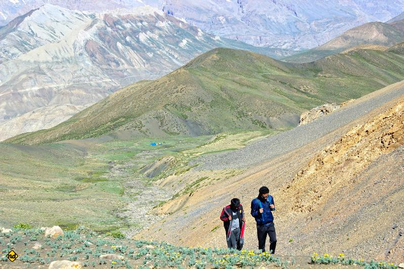 Summit Mt. Kanamo @ 19,600 ft ....a Non Technical walk