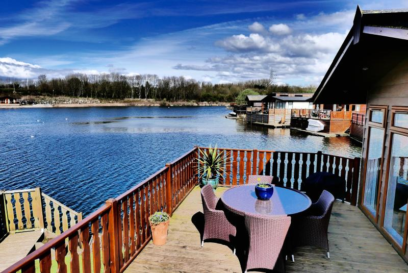Start the day with breakfast overlooking the lake or look forward to the evening with a BBQ