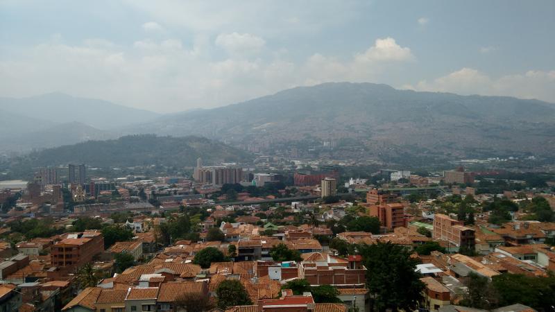 APARTAESTUDIO AMOBLADO PRADO CENTRO, location de vacances à San Pedro de los Milagros