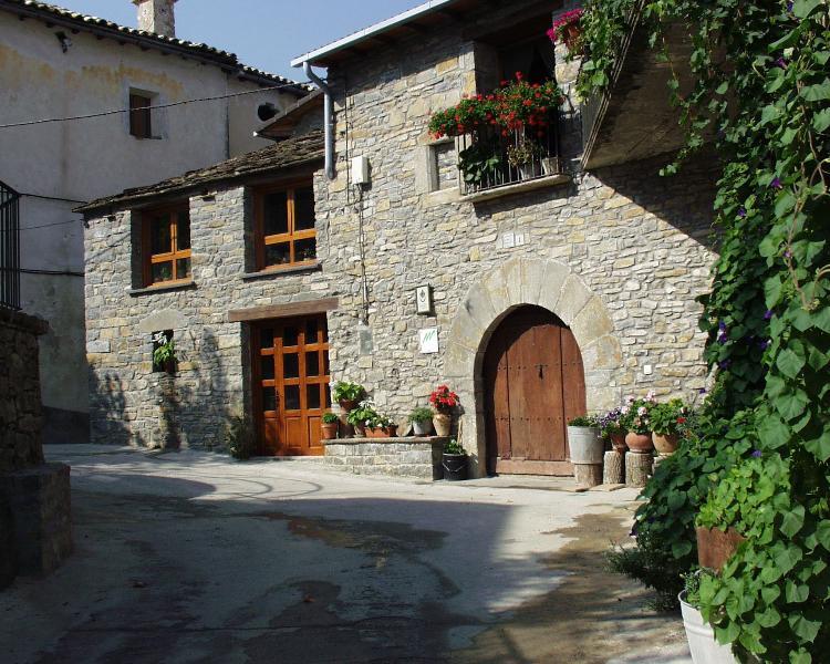 Casa rural en Ainsa Pirineos de Huesca., alquiler vacacional en Belsierre