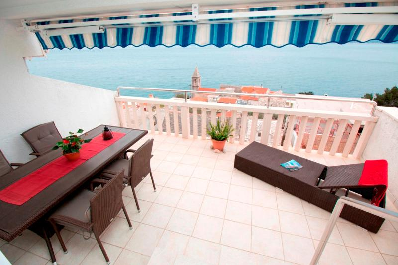 Luxury apartment for 5 persons with sea view, vakantiewoning in Pisak