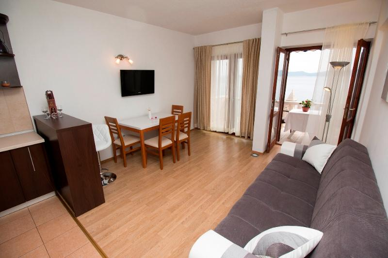 Luxury apartment for 4 persons with sea view, vakantiewoning in Pisak