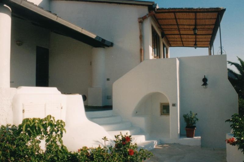 trilocale exterior view