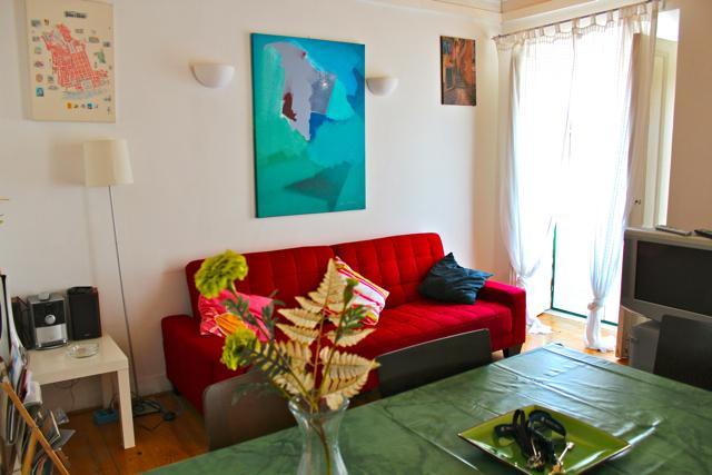 Green Pepper Apartment, Bairro Alto, Lisbon, holiday rental in Montijo
