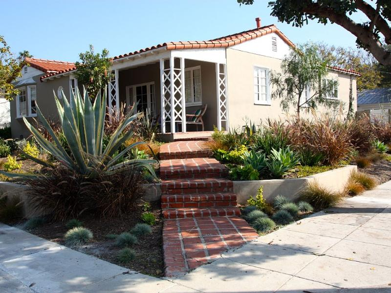 Immaculate Family Home in Ideal, Santa Monica Location!!, holiday rental in Santa Monica