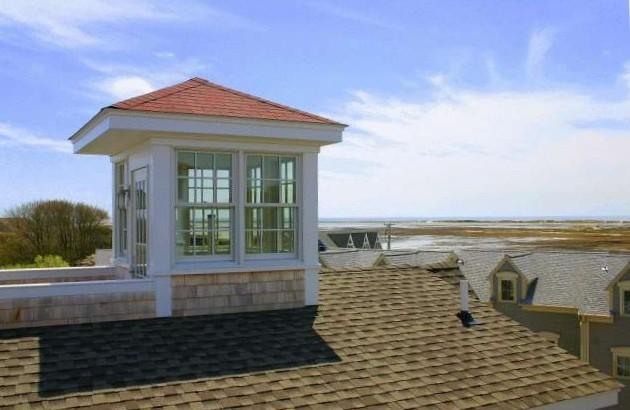 West End Luxury Condo with Sweeping Views and Deck, location de vacances à Provincetown
