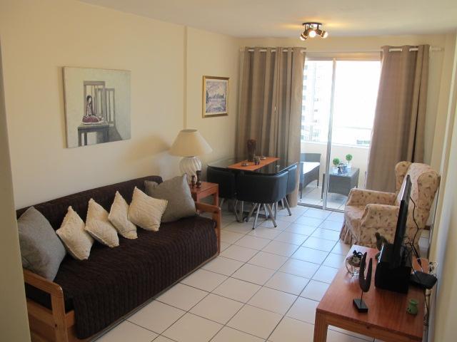 Apartamento acogedor frente a Hotel Conrad, playa, Ferienwohnung in Punta del Este