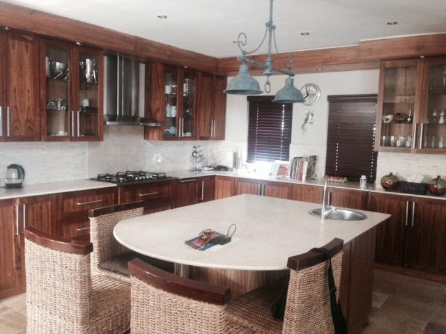 entertainers open plan kitchen - the heart of this stunning home