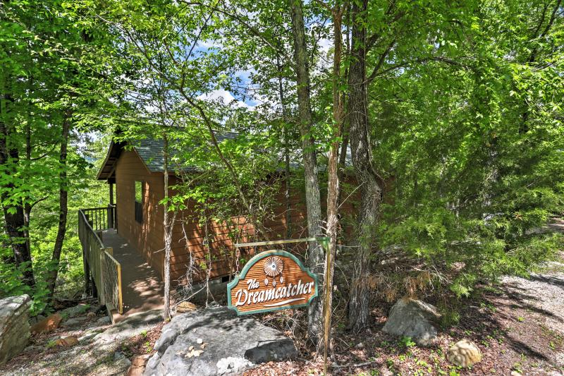 Si vous cherchez un authentique voyage, réserver cet incroyable vue sur la montagne Location de vacances cabine!