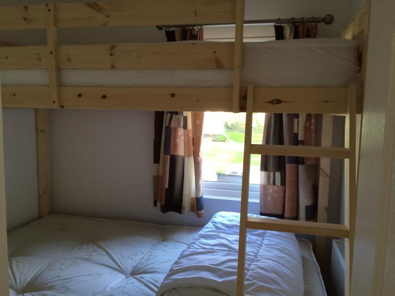 Small Double with single bunk