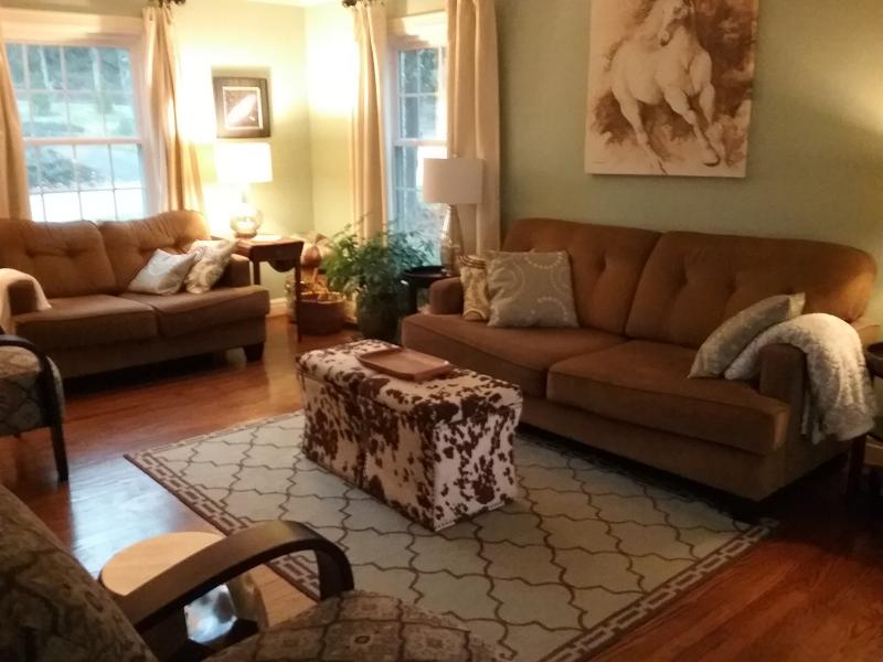 Close To Downtown In Historic Crecent Hill, vacation rental in New Albany