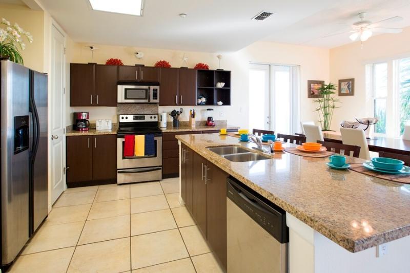 Las Marinas 301 Kitchen