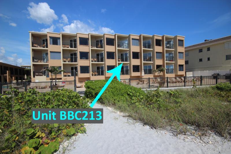 foto Complejo de la ubicación exacta de Belleair Beach Club 213 en Belleair Beach, FL