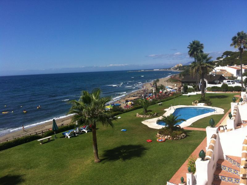 Casa en la playa Royal beach.  VFT/MA/09974, vacation rental in Mijas