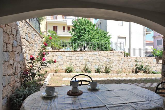My sweet home in Sardinia, holiday rental in Baunei