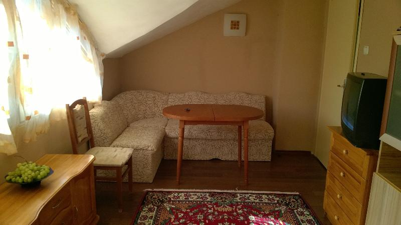 sunny 2 bedrooms flat in the central of Burgas, holiday rental in Burgas