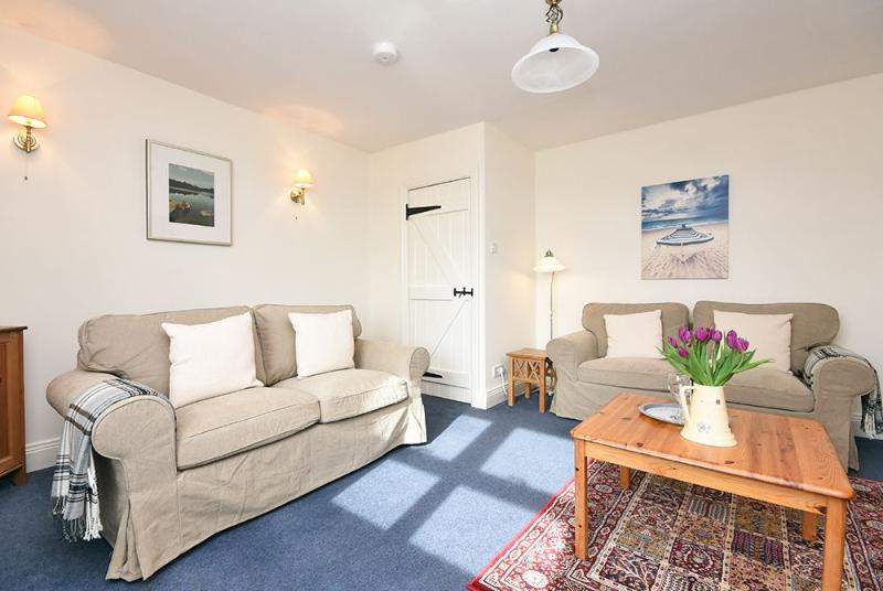 Shearling Cottage, 5 miles from Bamburgh, vacation rental in Bamburgh