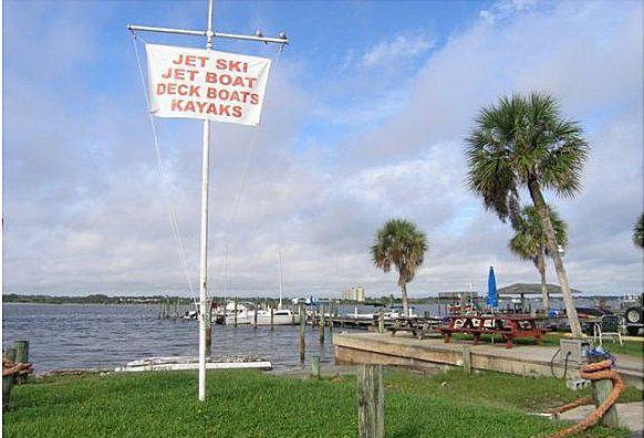 Powerboat and Kayak Rental just around the corner.